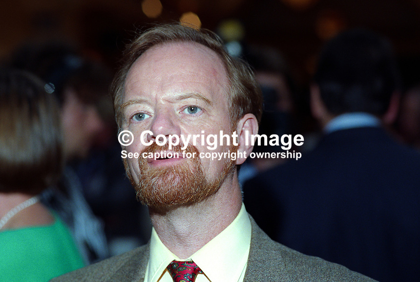 Robin Cook, MP, Labour Party, UK, politician, 19921002RC1.<br /> <br /> Copyright Image from Victor Patterson,<br /> 54 Dorchester Park, <br /> Belfast, UK, BT9 <br /> <br /> t1: +44 28 9066 1296 (from Rep of Ireland 048 90661296)<br /> t2: +44 28 9002 2446 (from Rep of Ireland 048 9002 2446)<br /> <br /> m: +44 7802 353836<br /> <br /> e: victorpatterson@me.com<br /> www.victorpatterson.com<br /> <br /> Please see my Terms and Conditions of Use at www.victorpatterson.com. It is IMPORTANT that you familiarise yourself with them.<br /> <br /> Images used on the Internet must be visibly watermarked i.e. &copy; Victor Patterson<br /> within the body of the image and copyright metadata must not be deleted. Images <br /> used on the Internet have a size restriction of 4kbs and will be chargeable at current<br />  NUJ rates unless agreed otherwise.<br /> <br /> This image is only available for the use of the download recipient i.e. television station, newspaper, magazine, book publisher, etc, and must not be passed on to any third <br /> party. It is also downloaded on condition that each and every usage is notified within 7 days to victorpatterson@me.com<br /> <br /> The right of Victor Patterson to be identified as the author is asserted in accordance with The Copyright Designs And Patents Act (1988). All moral rights are asserted.