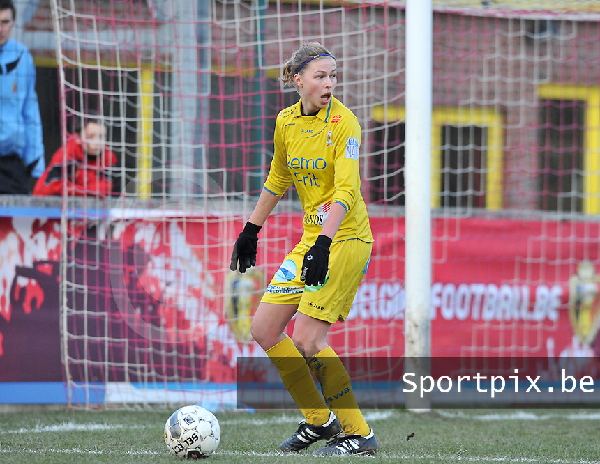 Waasland Beveren Sinaai Girls - RSC Anderlecht : Anouk Bonnarens.foto DAVID CATRY / Nikonpro.be