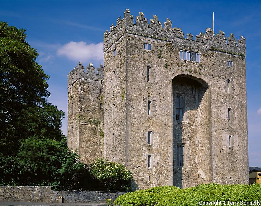 County Clare, Ireland<br /> Bunratty Castle, a restored 15th century castle