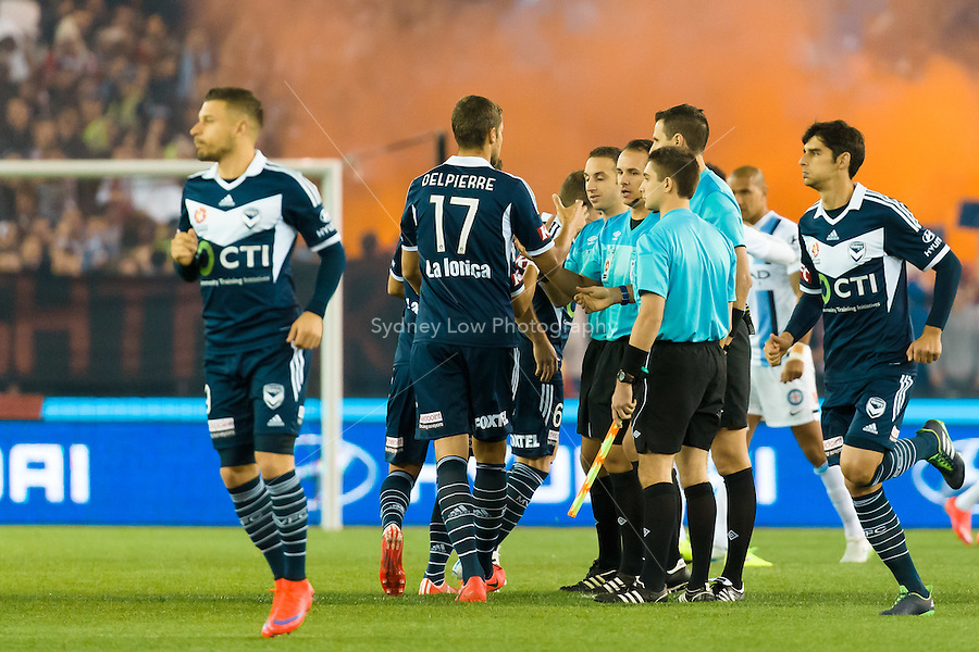 Players prepare for the start of the semi final match between Melbourne Victory and Melbourne City in the Australian Hyundai A-League 2015 season at Etihad Stadium, Melbourne, Australia.<br /> This photo is not for sale. Contact zumapress.com for editorial licensing.