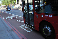 Illustration Couloir prioritaire - Olympic Traffic Lanes - Euston Road - 26.07.2012 - Jeux Olympiques Londres 2012..Photo: Dave Winter / Icon Sport