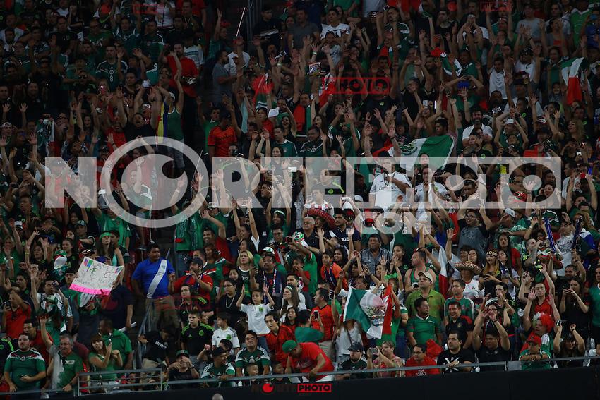 Ambiente ,durante partido entre las selecciones de Mexico y Guatemala  de la Copa Oro CONCACAF 2015. Estadio de la Universidad de Arizona.<br /> Phoenix Arizona a 12 de Julio 2015.