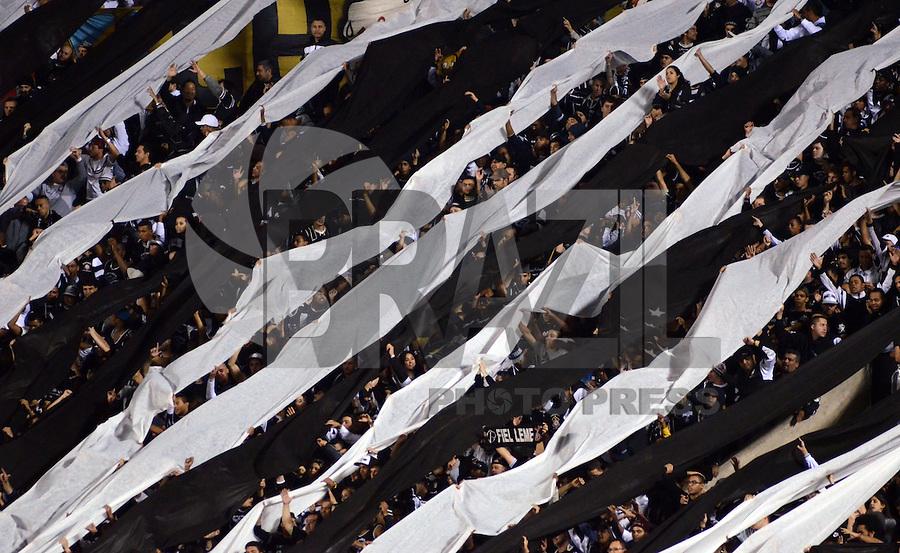 SAO PAULO SP, 03 Julho 2013 - Sao Paulo  X Corinthians.   Torcida  durante primeira partida da final da recopa sulamericana  de 2013  no Estadio do Morumbi em  Sao Paulo, nesta quarta , 03. (FOTO: ALAN MORICI / BRAZIL PHOTO PRESS).