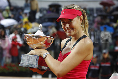 20.05.2012. Rome, Italy  Maria Sharapova shows off her trophy for winning the Final of the Italian Open between Li Na and Maria Sharapova.