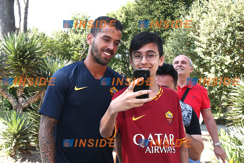New AS Roma player Leonardo Spinazzola poses for a selfie with a young supporter <br /> Roma 26-06-2019 Villa Stuart <br /> Photo Gino Mancini/Insidefoto