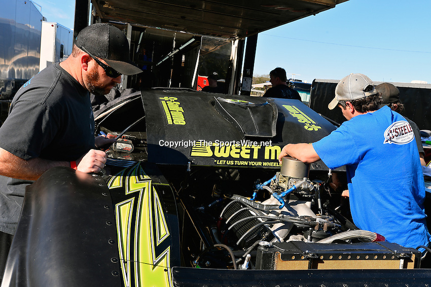 Feb 16, 2014; 3:36:40 PM; Ocala, FL., USA; The Third Annual Bubba Army Winter Nationals World Of Outlaws Super Late Models paying $12,000 to win at Bubba RaceWay Park.  Mandatory Credit: (thesportswire.net)