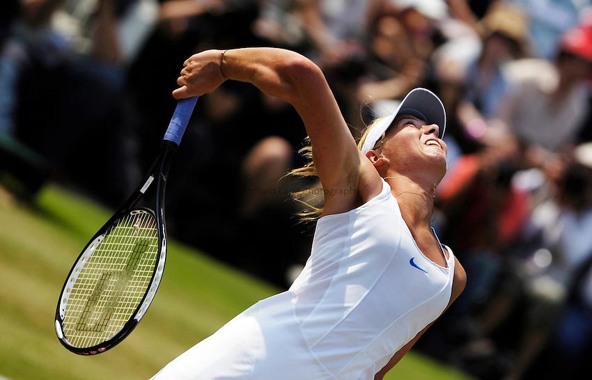 Maria Sharapova (RUS) v F Pennetta (ITA) , COURT 3..Wimbledon Lawn Tennis Championships 2006.03/07/06
