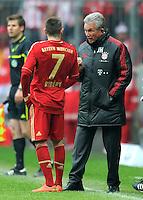 FUSSBALL   1. BUNDESLIGA  SAISON 2011/2012   29. Spieltag FC Bayern Muenchen - FC Augsburg       07.04.2012 Franck Ribery (LI, ) mit Trainer Jupp Heynckes  (FC Bayern Muenchen)
