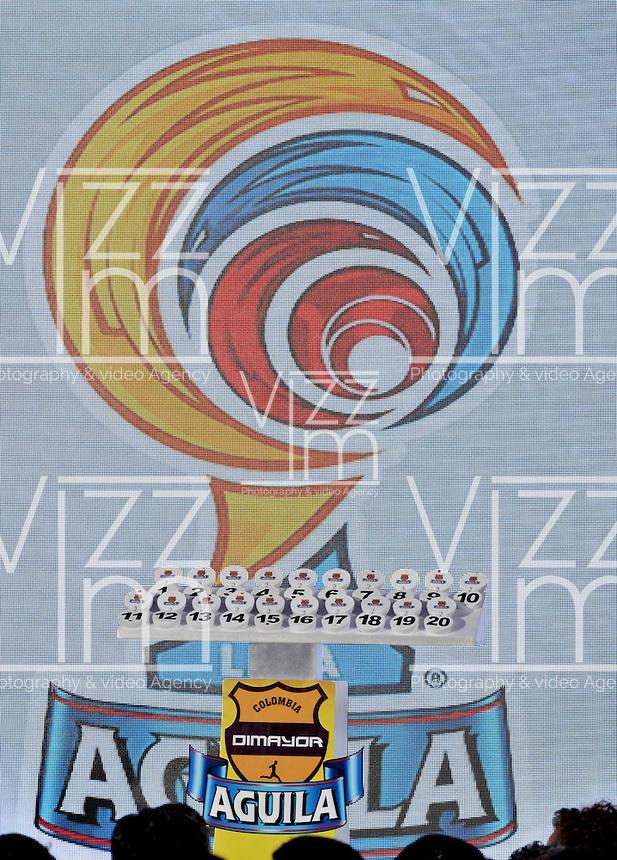 BOGOTA-COLOMBIA-23-01-2015: Sorteo de la Dimayor, para el campeonato de la Liga Aguila I 2015. The Dimayor draw for the championship Liga Aguila I 2015. Photo: VizzorImage / Luis Ramírez / Staff.