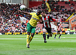 Cameron Jerome of Norwich City in action with John Fleck of Sheffield Utd during the Championship match at Bramall Lane Stadium, Sheffield. Picture date 16th September 2017. Picture credit should read: Jamie Tyerman/Sportimage