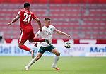 v.l. Karim Onisiwo (Mainz), Niklas Moisander<br />Mainz, 20.06.2020, Fussball Bundesliga, 1. FSV Mainz 05 - SV Werder Bremen