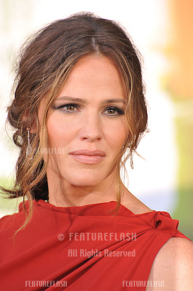 "Jennifer Garner at the world premiere of ""The Odd Life of Timothy Green"" at the El Capitan Theatre, Hollywood..August 7, 2012  Los Angeles, CA.Picture: Paul Smith / Featureflash"