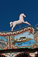 Europe/France/13/Bouches du Rhone/Camargue/Parc Naturel Régionnal de Camargue/Saintes Maries de la Mer: Détail Art Forain, détail d'un manège - Maison de Gardian