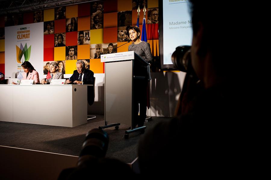 11h15. C'est aux EGC qu'ont lieu les débats. Aujourd'hui, Najat Vallaud Belkacemen intervient sur le thème de l'éducation au développement durable.
