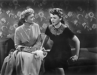 All About Eve (1950)<br /> Anne Baxter &amp; Celeste Holm<br /> *Filmstill - Editorial Use Only*<br /> CAP/KFS<br /> Image supplied by Capital Pictures