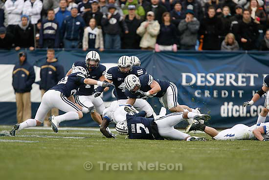 BYU vs. Air Force college football Saturday, November 21 2009.