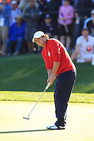 USA Team Player Jason Dufner putts on the 16th green during Sunday's Singles Matches of the 39th Ryder Cup at Medinah Country Club, Chicago, Illinois 30th September 2012 (Photo Colum Watts/www.golffile.ie)