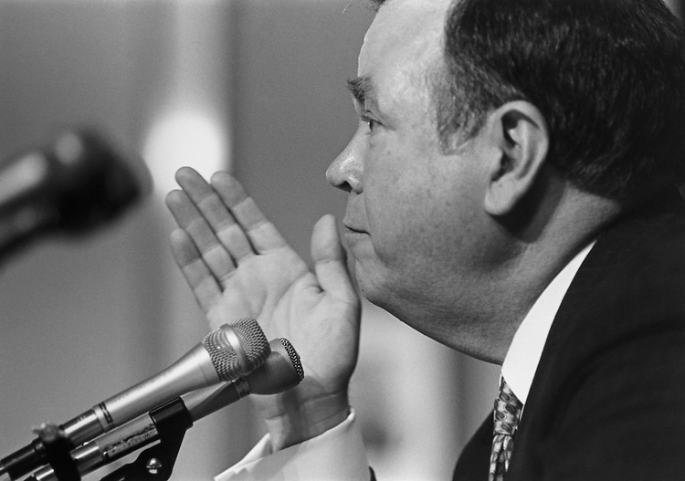 Sen. David L. Boren, D-Okla. testifying before the Senate Rules Committee on May 20, 1993. (Photo by Laura Patterson/CQ Roll Call)