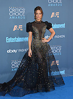 Kate Beckinsale at the 22nd Annual Critics' Choice Awards at Barker Hangar, Santa Monica Airport. <br /> December 11, 2016<br /> Picture: Paul Smith/Featureflash/SilverHub 0208 004 5359/ 07711 972644 Editors@silverhubmedia.com