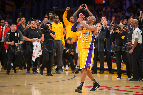 13.04.2016. Los Angeles, California, USA. Kobe Bryant waves to fans after scoring 60 points in the final game of his career against the against the Utah Jazz. April 13, 2016. Los Angeles, CA