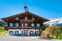 Oesterreich, Tirol, Ellmau am Wilden Kaiser: Drehort fuer TV-Serie 'Der Bergdoktor' - das Bergdoktorhaus | Austria, Tyrol, Ellmau and Wilder Kaiser mountains -  location for TV series 'Der Bergdoktor'