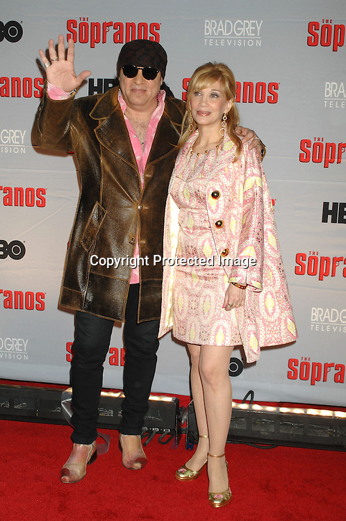 Steven and Maureen Van Zandt..arriving at The Sopranos World Premiere of two new episodes of the HBO original series on March 27, 2007 at..Radio City Music Hall in New York...Robin Platzer, Twin Images