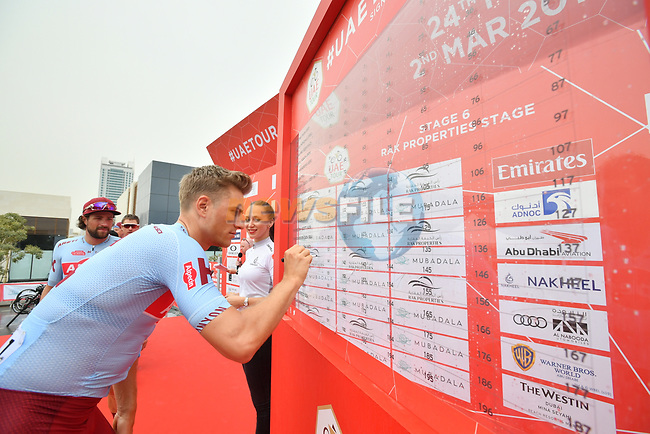 Marcel Kittel (GER) Team Katusha Alpecin signs on before the start of Stage 6 of the 2019 UAE Tour, running 175km form Ajman to Jebel Jais, Dubai, United Arab Emirates. 1st March 2019.<br /> Picture: LaPresse/Massimo Paolone | Cyclefile<br /> <br /> <br /> All photos usage must carry mandatory copyright credit (© Cyclefile | LaPresse/Massimo Paolone)