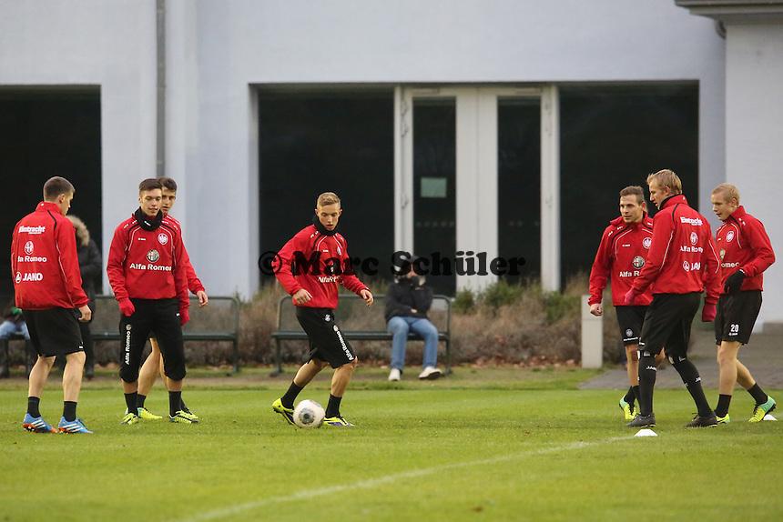 Vaclav Kadlec, Joselu, Sonny Kittel, Bastian Oczipka, Jan Rosenthal, Sebastian Rode (Eintracht)