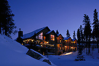 Scenic, Winter, Vacation, Snow, Sightseeing, Evening, Sunset, Lodge, Accomodation, Hotel, Dusk, Warm. Allaire Timbers Inn Bed & Breakfast. Breckenridge Colorado United States Rocky Mountains, Summit County.