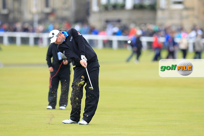 Marc Leishman (USA) during the final round on Monday of the 144th Open Championship, St Andrews Old Course, St Andrews, Fife, Scotland. 20/07/2015.<br /> Picture: Golffile | Fran Caffrey<br /> <br /> <br /> All photo usage must carry mandatory copyright credit (&copy; Golffile | Fran Caffrey)