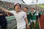 Ivan Klasnic - dreimal die Woche zur Blutwaesche - so lautet die Diagnose beim ehemaligen Werder Stuermer. Ivan ist auf eine neue Niere angwiesen - die von seinem Vater 2007 transplantierte Niere arbeitet nicht mehr. Nun wartet er auf eine neue Niere<br /> Archiv aus: <br />  BL 2003/2004 32. Spieltag<br /> 1. FC Bayern Muenchen vs Werder Bremen<br />  Jubel bei Klasnic, Isamel, Borwoski<br /> <br /> <br /> <br /> <br /> Foto © nordphoto