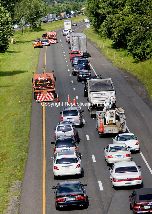 MIDDLEBURY, CT - 14 JULY 2009 -071409JT07-<br /> Traffic going east on I-84 near the South Street Bridge in Middlebury was narrowed to one lane on Tuesday following a vehicle rollover in the afternoon.<br /> Josalee Thrift Republican-American