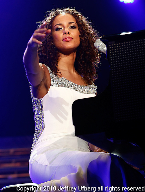 "March 18, 2010 New York: Singer / Musician Alicia Keys performs ""Madison Square Garden"" on March 18, 2010 in New York."