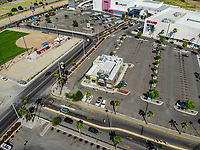 Paisaje urbano, paisaje de la ciudad de Hermosillo, Sonora, Mexico. Restaurante Bufalo Wild Wings<br /> Urban landscape, landscape of the city of Hermosillo, Sonora, Mexico.<br /> (Photo: Luis Gutierrez /NortePhoto)