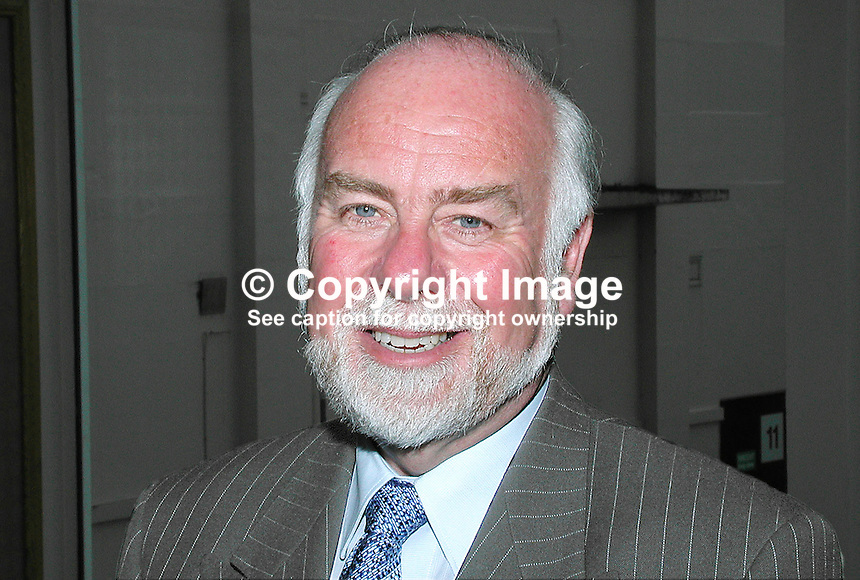 Dr Chris Gibson, chairperson, N Ireland Civic Forum, UK, 2001021906, taken Feb 21, 2001.<br />