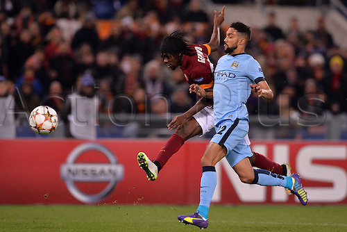 10.12.2014. Rome, Italy. UEFA Champions League Group E match between AS Roma 0-2 Manchester City at Stadio Olimpico in Rome Gervinho Roma, Gael Clichy Manchester.
