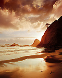 USA, Washington State, Rialto Beach landscape, Olympic National Park