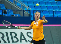 Moskou, Russia, Februari 4, 2016,  Fed Cup Russia-Netherlands,  Dutch team practise doubles  Richel Hogenkamp <br /> Photo: Tennisimages/Henk Koster