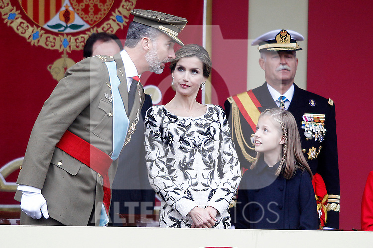 (L-R) King Felipe VI of Spain, Queen Letizia of Spain and Princess Leonor of Spain attend the National Day military parade. October 12 ,2016. (ALTERPHOTOS/Acero)