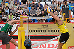 31.05.2015, Moskau, Vodny Stadion<br /> Moskau Grand Slam, Main Draw / Spiel Platz 3/4<br /> <br /> Angriff Alison Cerutti (#1 BRA) - Block Jonathan Erdmann (#1 GER)<br /> <br />   Foto © nordphoto / Kurth