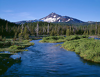ORCAC_061 - USA, Oregon, Deschutes National Forest, South side of Broken Top rises above coniferous forest and Fall Creek.
