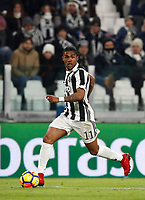 Calcio, Serie A: Juventus - Genoa, Torino, Allianz Stadium, 22 gennaio 2018. <br /> Juventus' Douglas Costa in action during the Italian Serie A football match between Juventus and Genoa at Torino's Allianz stadium, January 22, 2018.<br /> UPDATE IMAGES PRESS/Isabella Bonotto