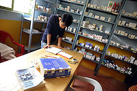 Messico, Chiapas, San Josè del rio.Novembre 2010.Ospedale autonomo zapatista.La farmacia
