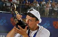 RAVENNA, ITALIA, 11 DE SETEMBRO DE 2011 - COPA DO MUNDO BEACH SOCCER - Gorchinskyiy jogadar da Russia comemora a conquista da Copa do Mundo de Beach Soccer, no Stadium Del Mare em Ravenna na Italia, neste domingo (11). (FOTO: WILLIAM VOLCOV - NEWS FREE).