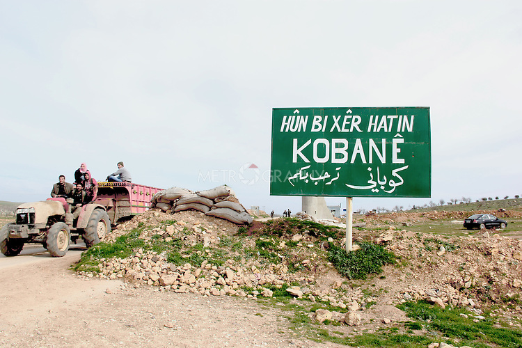 28/2/2015--Kobane,Syria-- Pirsus gate for intering into Kobane.