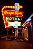 A-Munger Moss Motel & Lebanon, Missouri