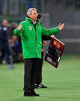 FUSSBALL   INTERNATIONAL   UEFA EUROPA LEAGUE   SAISON 2012/2013    Zwischenrunde Lazio Rom - Borussia Moenchengladbach      21.02.2013 Trainer Lucien Favre (Borussia Moenchengladbach) enttaeuscht