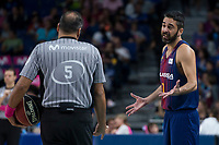 FC Barcelona Lassa Juan Carlos Navarro talking with referee during Liga Endesa match between Estudiantes and FC Barcelona Lassa at Wizink Center in Madrid, Spain. October 22, 2017. (ALTERPHOTOS/Borja B.Hojas) /NortePhoto.com