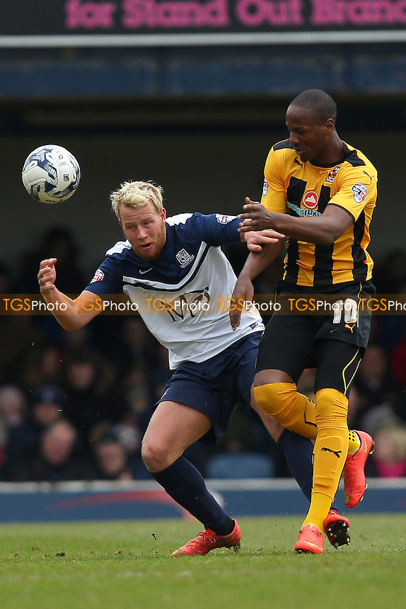 Tom Elliott of Cambridge United and Adam Thompson of Southend United - Southend United vs Cambridge United - Sky Bet League Two Football at Roots Hall, Southend-on-Sea, Essex - 21/03/15 - MANDATORY CREDIT: Gavin Ellis/TGSPHOTO - Self billing applies where appropriate - contact@tgsphoto.co.uk - NO UNPAID USE