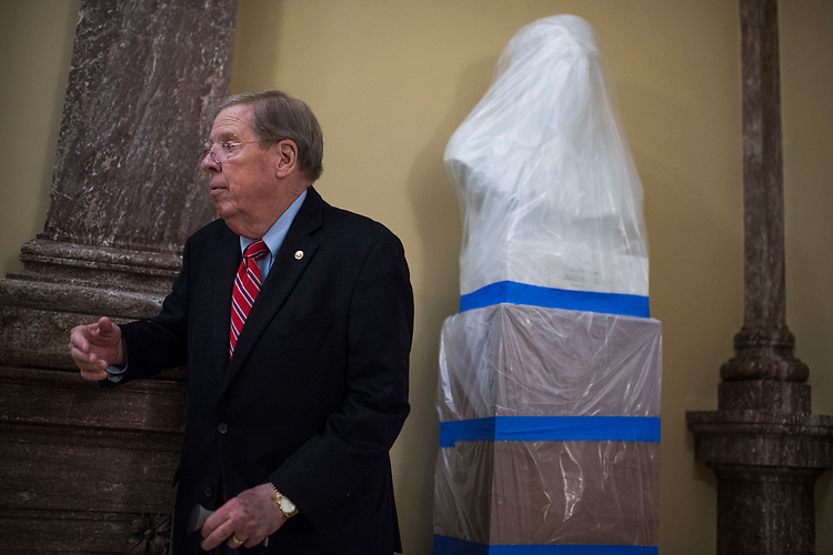 UNITED STATES - MAY 10: Sen. Johnny Isakson, R-Ga., is seen in the Capitol on May 10, 2017. (Photo By Tom Williams/CQ Roll Call)